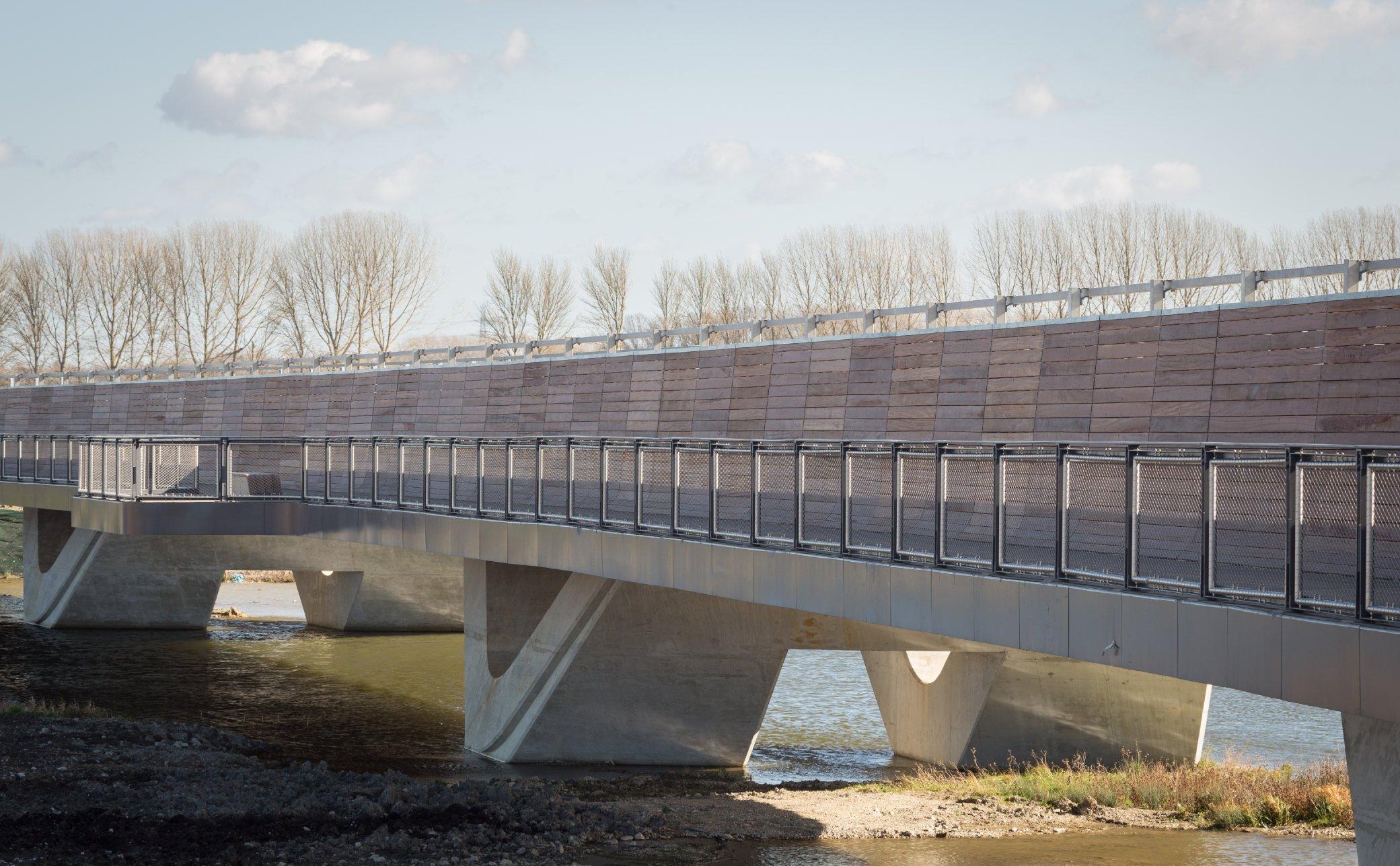 Balustrading on Bridge with Jakob Webnet Frames